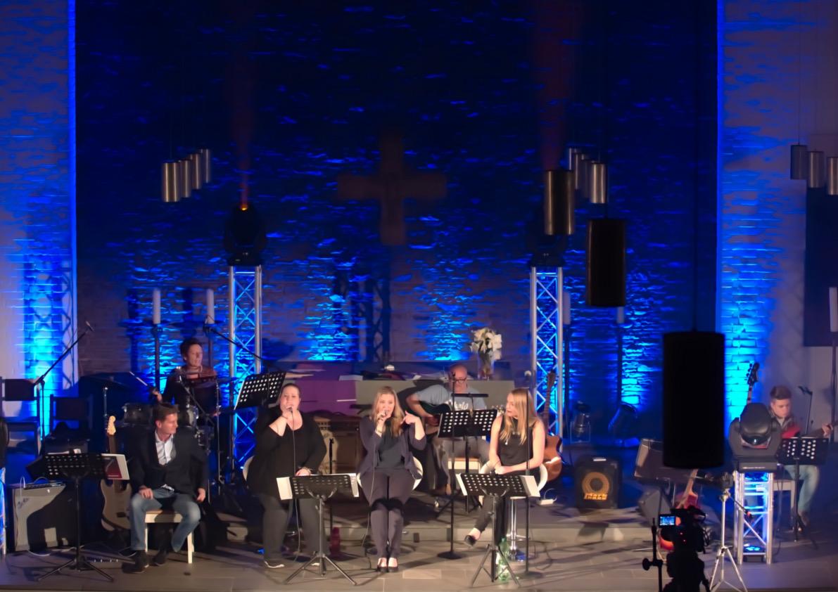 Billy Odenthal und Band beim Benefizkonzert